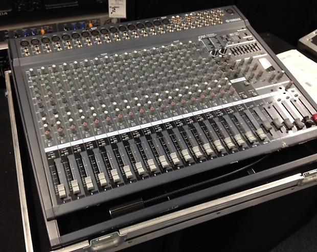 Yamaha Emx W Powered Mixer