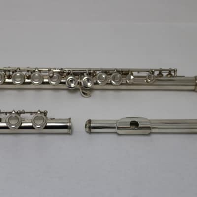 Armstrong Model 90 Sterling Silver Flute