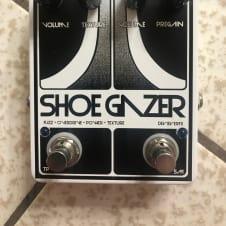 Devi Ever : FX Shoegazer