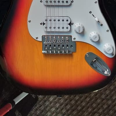 Harley Benton Strat 2018 Sunburst for sale