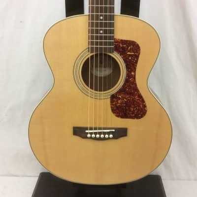 Guild JUMBO JUNIOR Acoustic Guitar Natural image