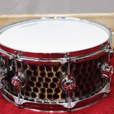 "Natal Heavy Hammered 5.5""x12"" Bronze Shell Snare Drum"