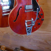 Gibson ES-335 TD with Bigsby 1960 Cherry image