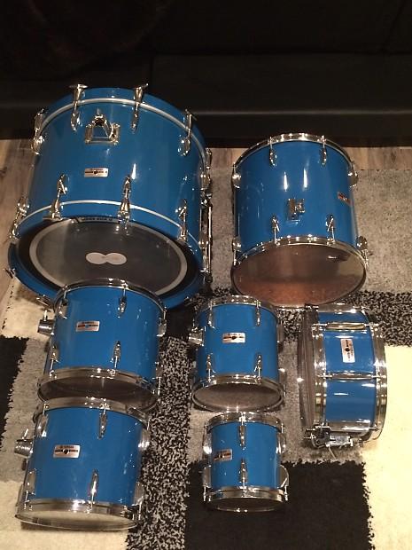 1986 yamaha tour custom 6 piece drum set cobalt blue. Black Bedroom Furniture Sets. Home Design Ideas