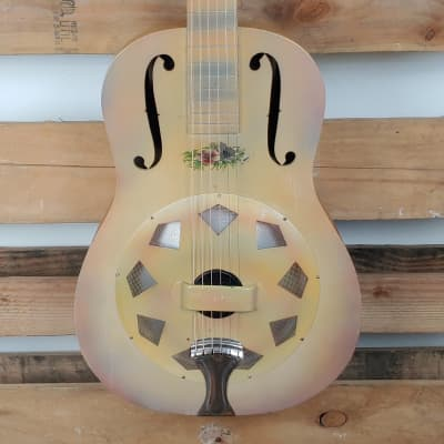 1928 National Triolian Single Cone Flower Decal Wood Body With OHSC