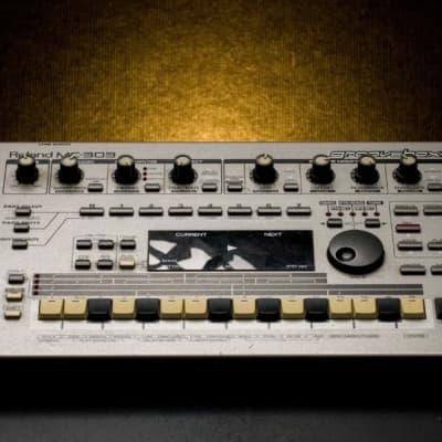 SUMMER SALE// CLEAN Roland MC-303 Groovebox 1990 - 1998