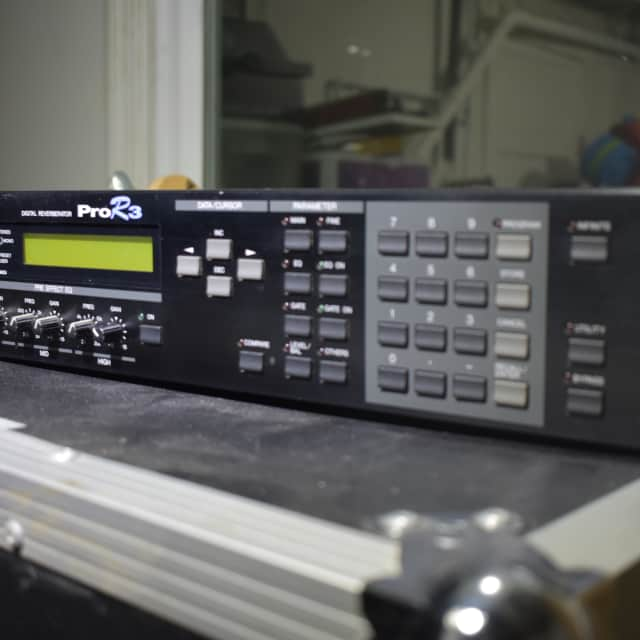 Yamaha Pro R3 Digital Reverberator Reverb image