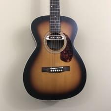 Guild Westerly Collection M-240E Troubadour Acoustic/Electric Guitar w/ Gig Bag - Vintage Sunburst