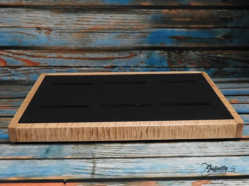 sidewinder pedalboard xotic curly maple infinity guitars reverb. Black Bedroom Furniture Sets. Home Design Ideas