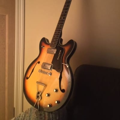 1960's Baldwin Vintage 712 12-String Electric Guitar sunburst+Baldwin Hard Case.Made In England for sale