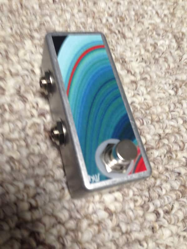 Handcrafted in the USA Saturnworks A//B Box Tuner Out Switch Guitar Pedal