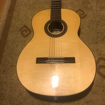 New World/Hill Guitar Co.   Estudio Series - 650S for sale