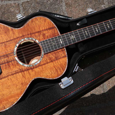 Breedlove King Koa  natural for sale