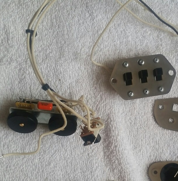 920D '62 Fender Jaguar Wiring Kit | P.'s Gear Bazaar Fender Jaguar Wiring Harness on fender jaguar manual, fender jaguar switches, fender jaguar wiring kit, fender esquire wiring harness, fender jaguar hardware, fender stratocaster wiring harness,