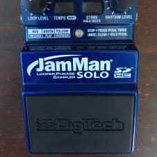 DigiTech JamMan Solo (looper/phrase sampler) Blue
