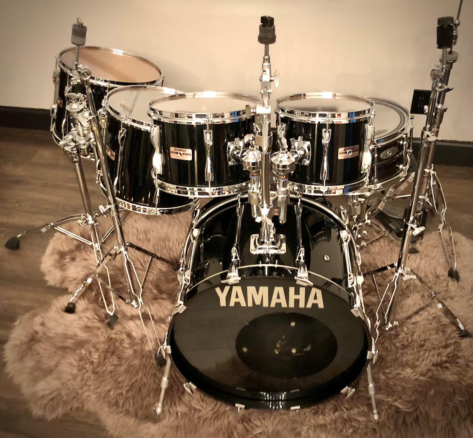 Yamaha 5pc Recording Custom Shell Pack in Gloss Black Lacquer