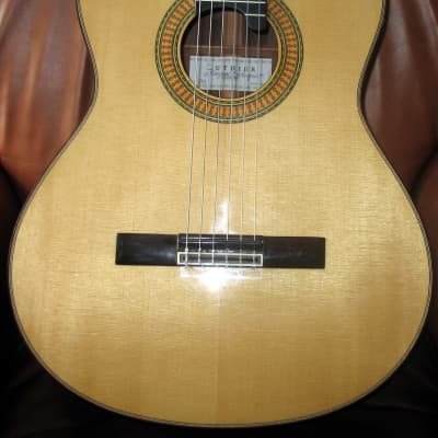 Alhambra Alhambra Signature Series Mengual and Margarit Classical Guitar 2009 spruce for sale
