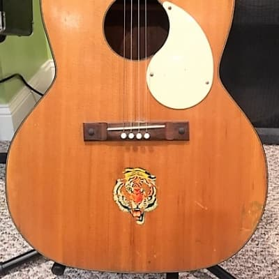 Silvertone 1960s Tenor 4-string Acoustic