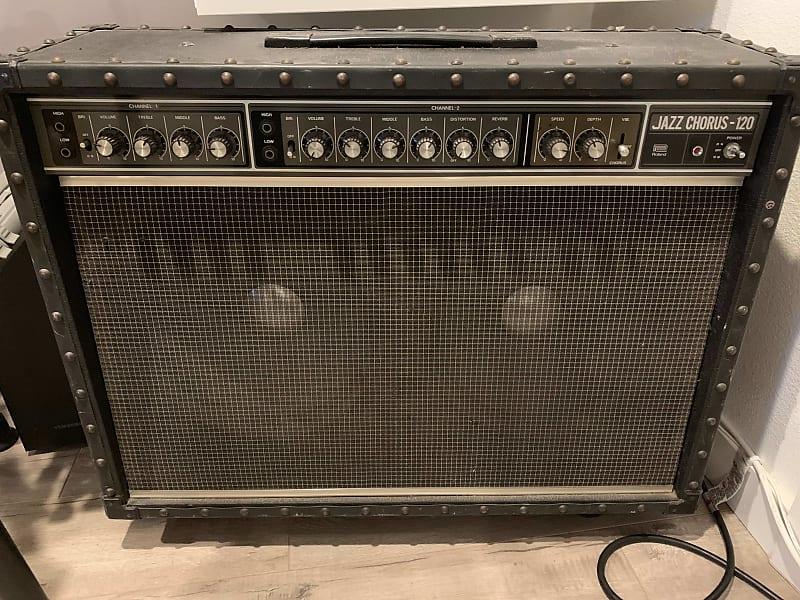 roland jazz chorus jc 120 2x12 120 watt guitar combo amp reverb. Black Bedroom Furniture Sets. Home Design Ideas