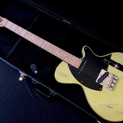 make offer - Liggett Abstrac-T 2020 Yellow Blackguard Tele telecaster USA custom boutique worldwide shipping for sale