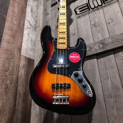 Fender Classic Vibe '70s Jazz Bass®, Maple Fingerboard, 3-Color Sunburst Ships FREE Lower 48 States!