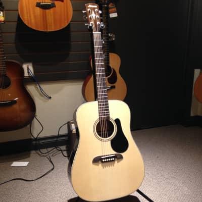 Alvarez Regent RD27 Acoustic Guitar w. Gig Bag for sale