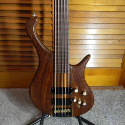 2006 Eshenbaugh Brado 5 String 24 Fret 35