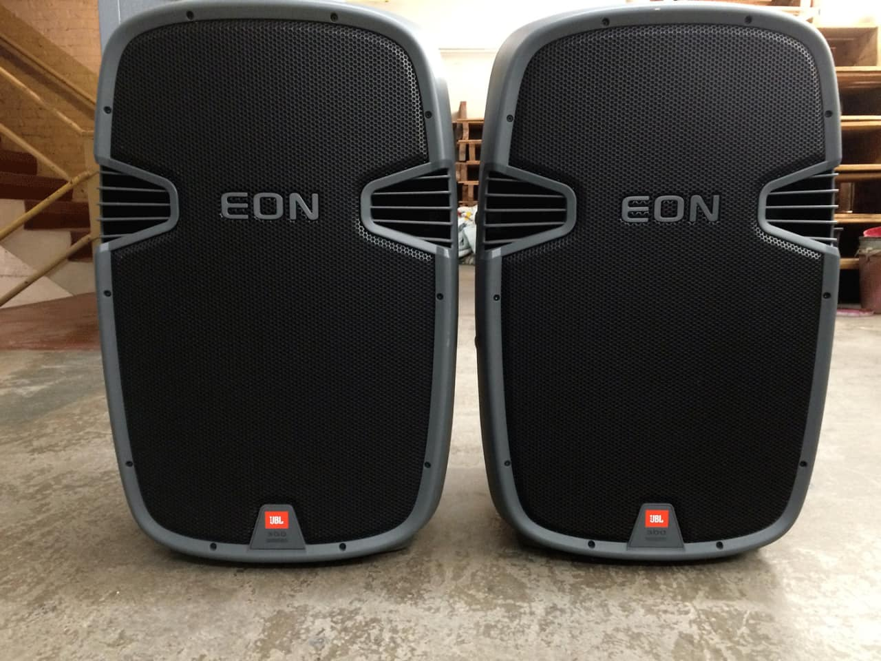 pair of jbl eon 305 passive speakers with bags like new reverb. Black Bedroom Furniture Sets. Home Design Ideas