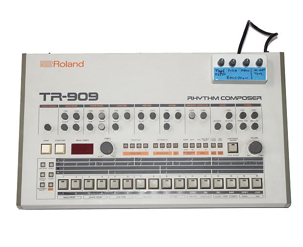 roland tr 909 rhythm composer drum machine with bass drum mod reverb. Black Bedroom Furniture Sets. Home Design Ideas