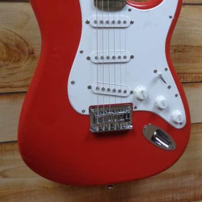 New Squier® Bullet Stratocaster® HT Laurel Fingerboard Fiesta Red