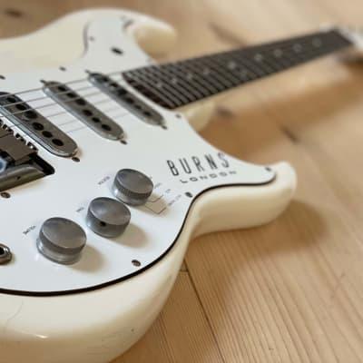 Burns Jazz Guitar - Split Sound  1961 White