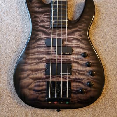 Jackson USA Custom Shop Concert Bass Transluscent Black Burst