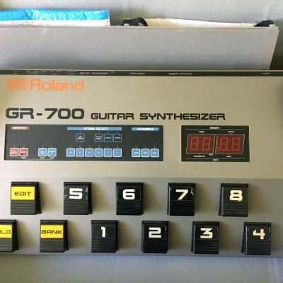 Roland GR-707 & G-707 - Guitar Synthetizer (1984) for sale