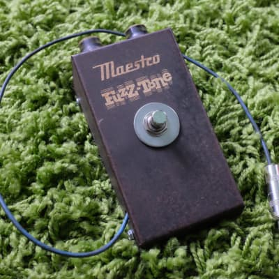 Vintage 1962 Maestro Fuzz-Tone FZ-1 PAF Sticker FZ-1A Serial 2777 for sale