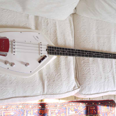 Vox Phantom Bass  1966 white for sale