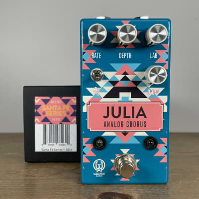 Walrus Audio Julia Chorus/Vibrato V2 2020 Santa Fe