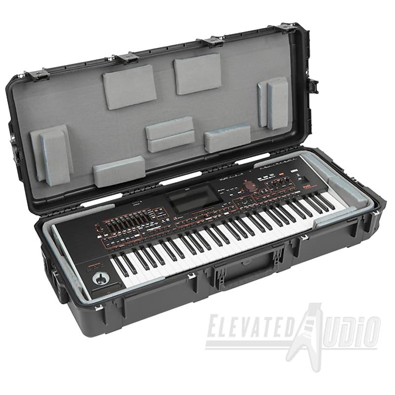KORG Pa4X ORT 61-Key Oriental Arranger Keyboard + SKB Hard