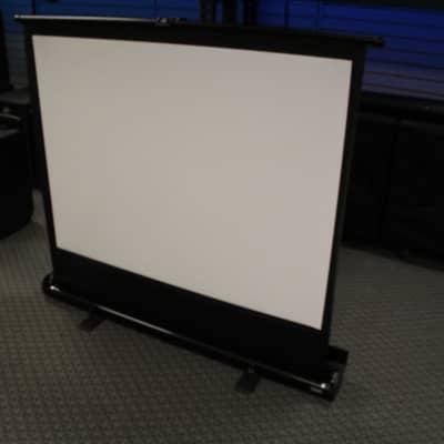 """Da-Lite Da-Lite 83315 Deluxe Insta-Theater Portable Projection Screen (60"""" Diagonal)"""