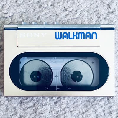 [RARE] Sony WM-10 Walkman Cassette Player, Super Cool Silver ! For Repair or Display !