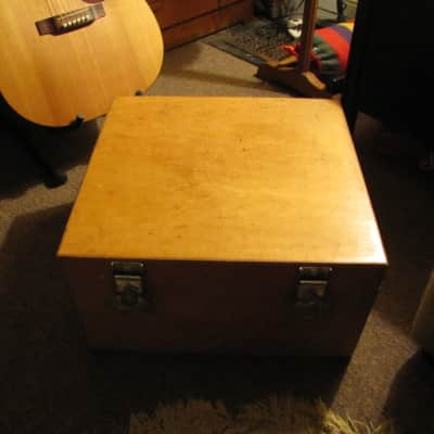 Small ply cab w/hinged cover, empty/unloaded