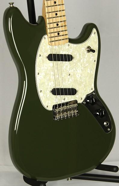 new fender mim offset mustang maple neck electric guitar reverb. Black Bedroom Furniture Sets. Home Design Ideas