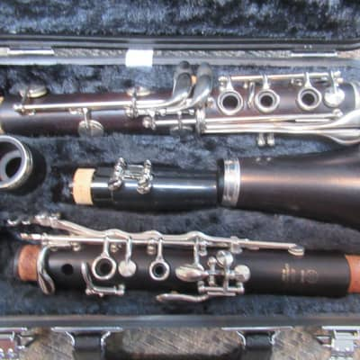 Yamaha YCL 450N Clarinet- adjusted, excellent condition , new Yamaha mouthpiece