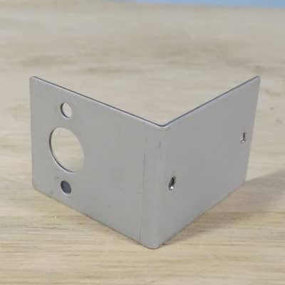 Roland JV-880 parts - power switch bracket