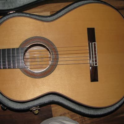 Loriente  'Angela' Classical guitar for sale