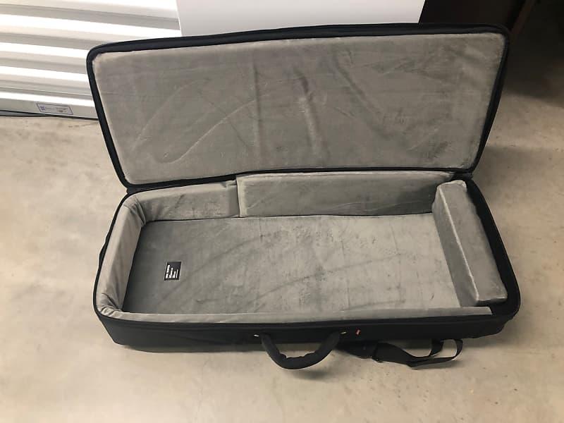 dave smith instruments mono pro 2 gig bag case 2019 black 49 reverb. Black Bedroom Furniture Sets. Home Design Ideas