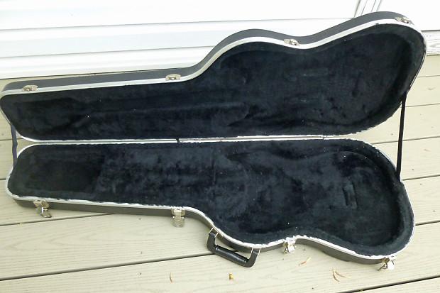 fender red label molded guitar case for telecaster reverb. Black Bedroom Furniture Sets. Home Design Ideas