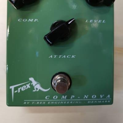 T-Rex Comp-Nova