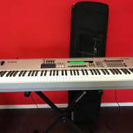 Yamaha MO 8 motif synthesizer 88 keys