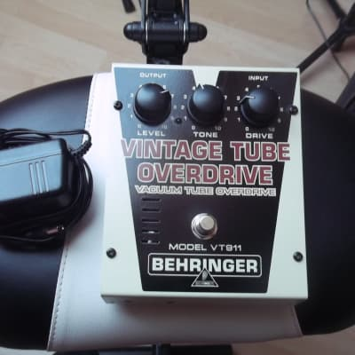 Behringer VT911 Vintage Tube Overdrive for sale