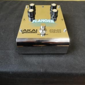 AKAI Analog Flanger effect pedal for sale